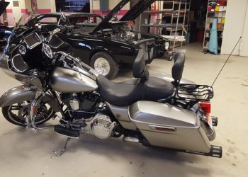 2017 Harley Road King Paint Change From Blue to Atominic Silver